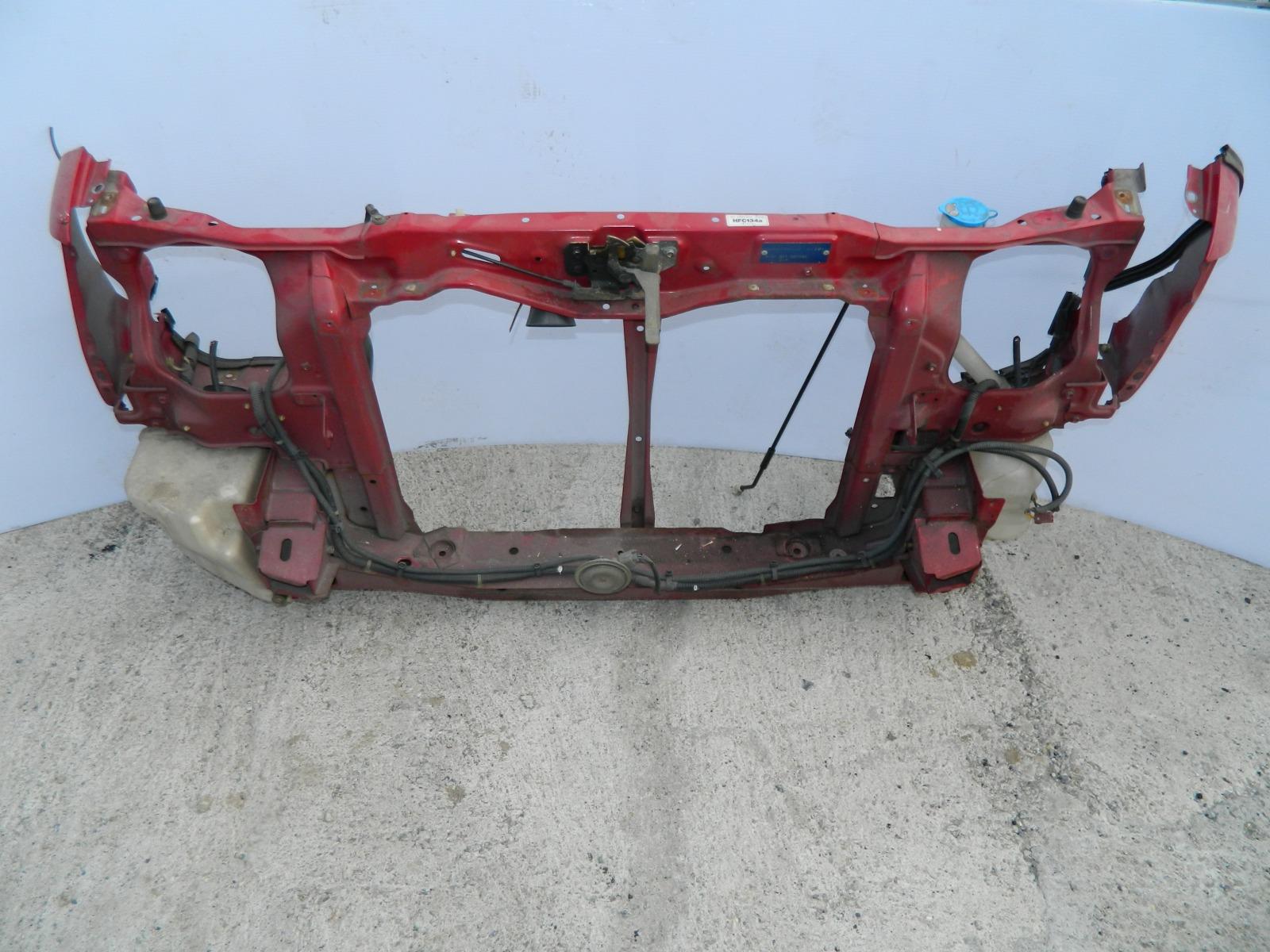 Рамка радиатора Honda Stepwagon RF1 (б/у)