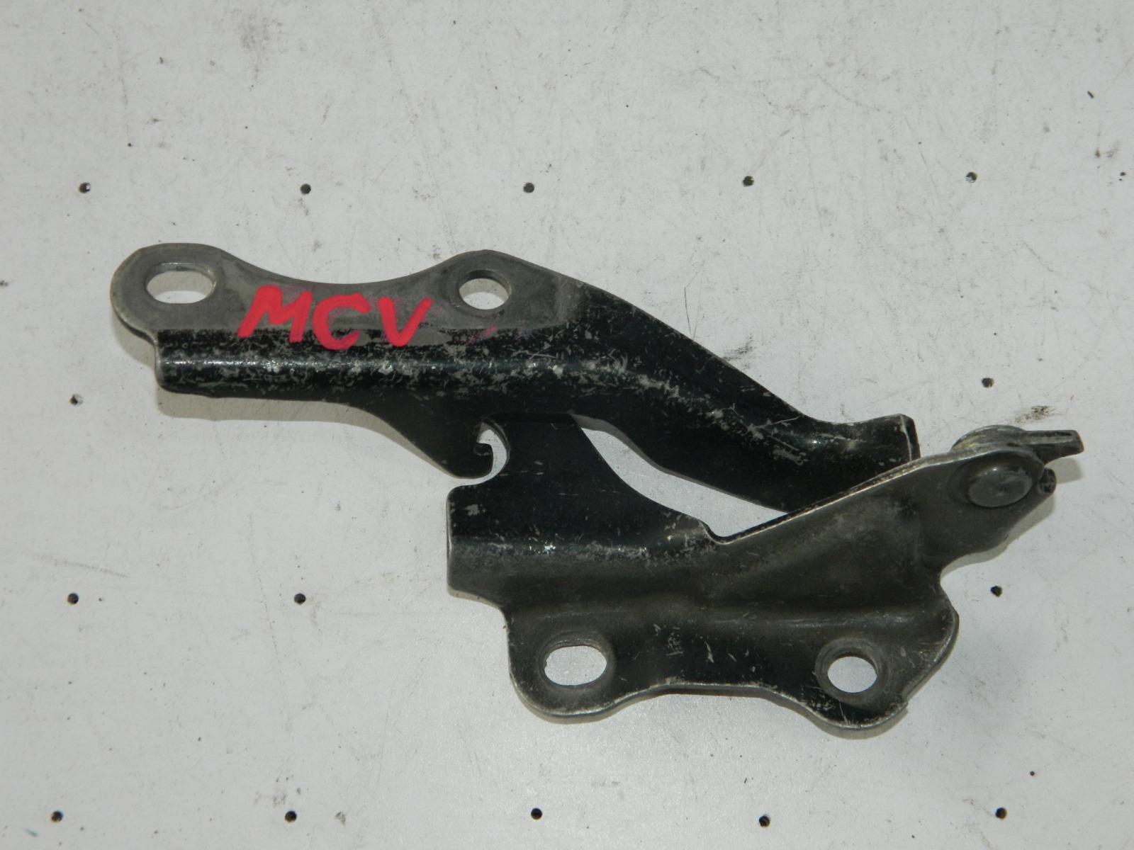 Петля капота Toyota Camry Gracia MCV20 левая (б/у)