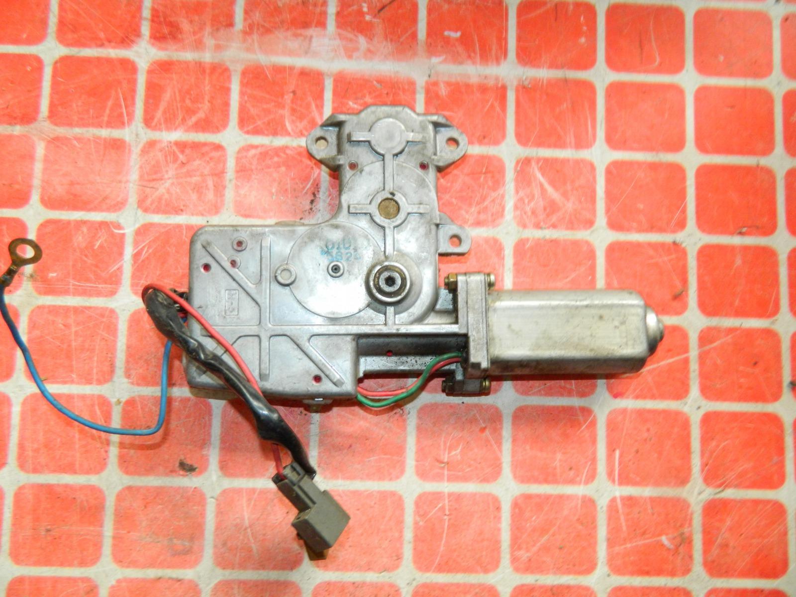 Моторчик люка Nissan Almera N15 (б/у)