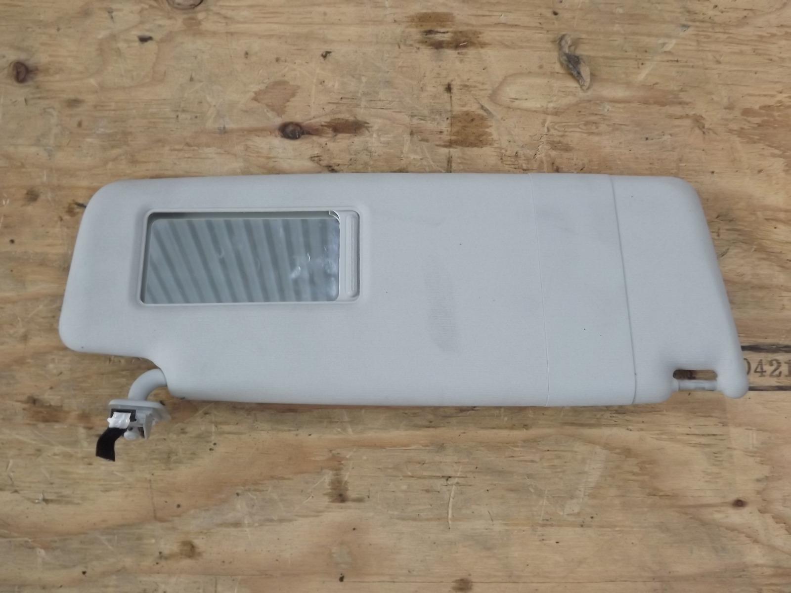 Козырек солнцезащитный Volkswagen Tiguan CAW 2008 правый (б/у)