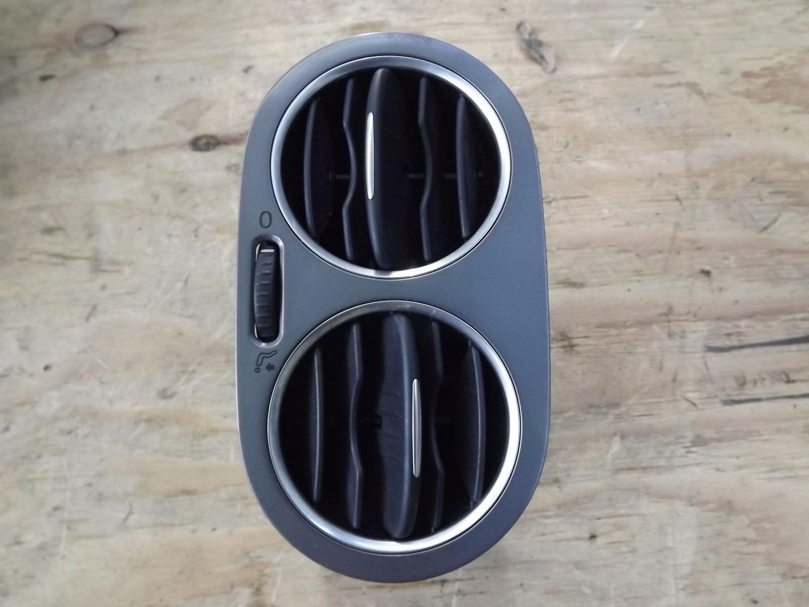 Дефлектор воздушный Volkswagen Tiguan CAW 2008 левый (б/у)