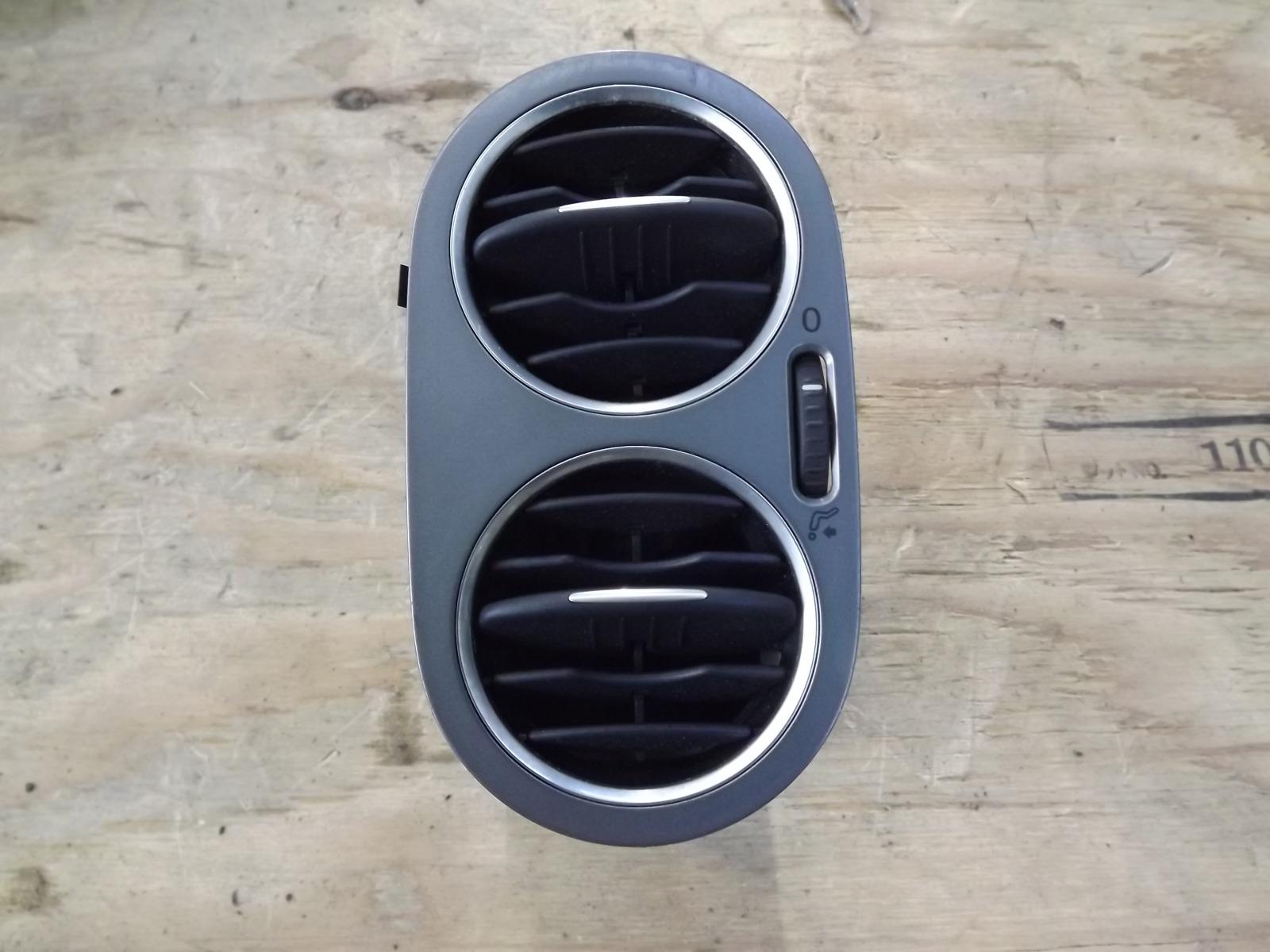Дефлектор воздушный Volkswagen Tiguan CAW 2008 (б/у)