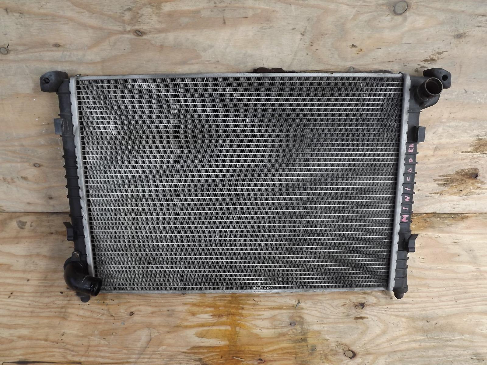 Радиатор двс Mini Cooper R50 2004 (б/у)