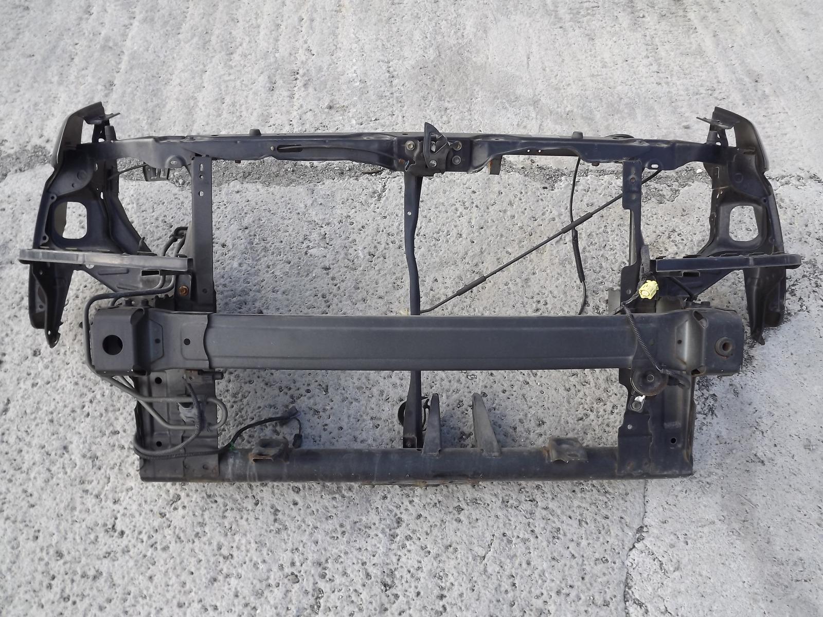Рамка радиатора Honda Stepwagon RF3 (б/у)