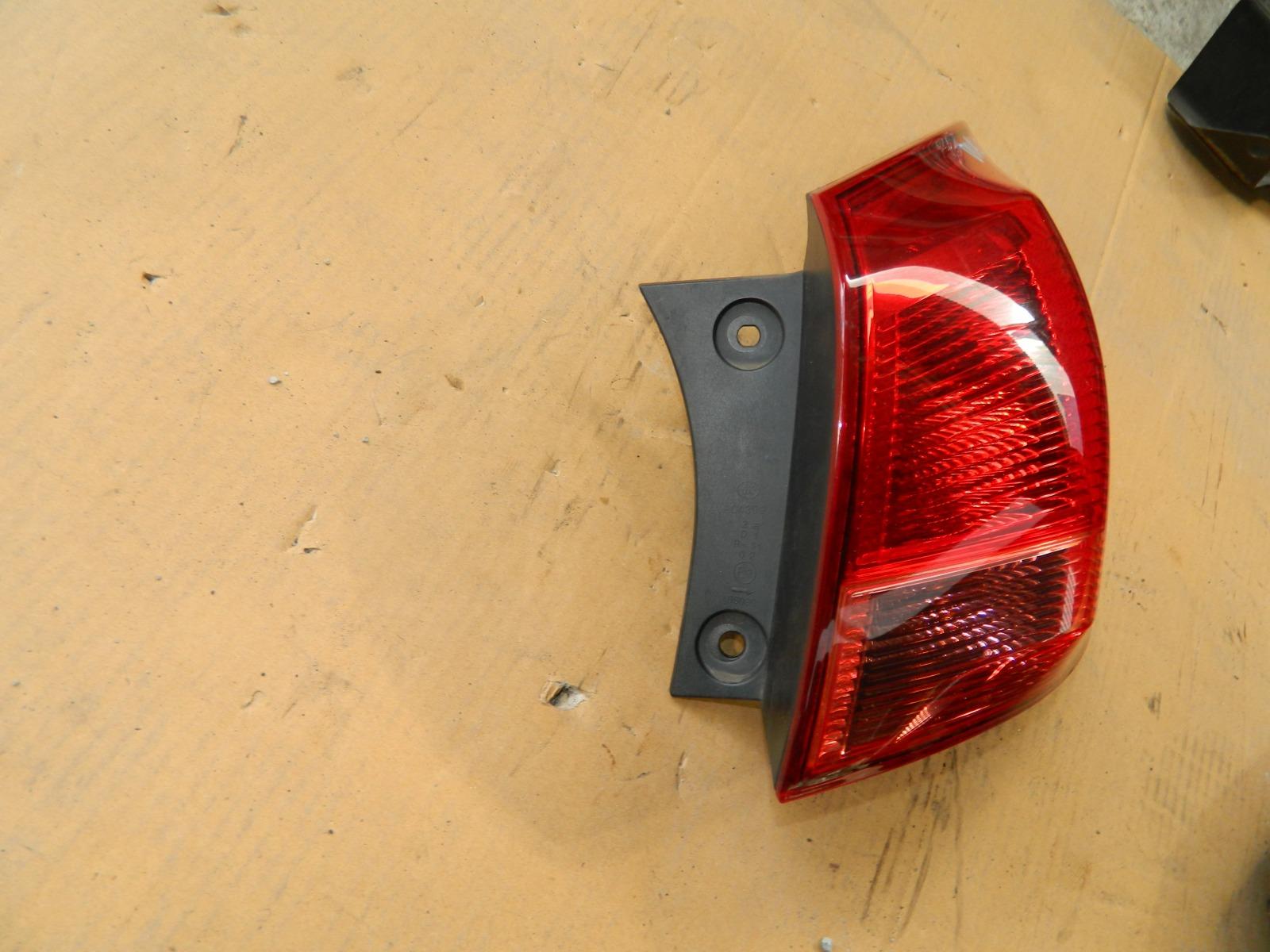 Фонарь Nissan Dualis KJ10 MR20DE задний правый (б/у)