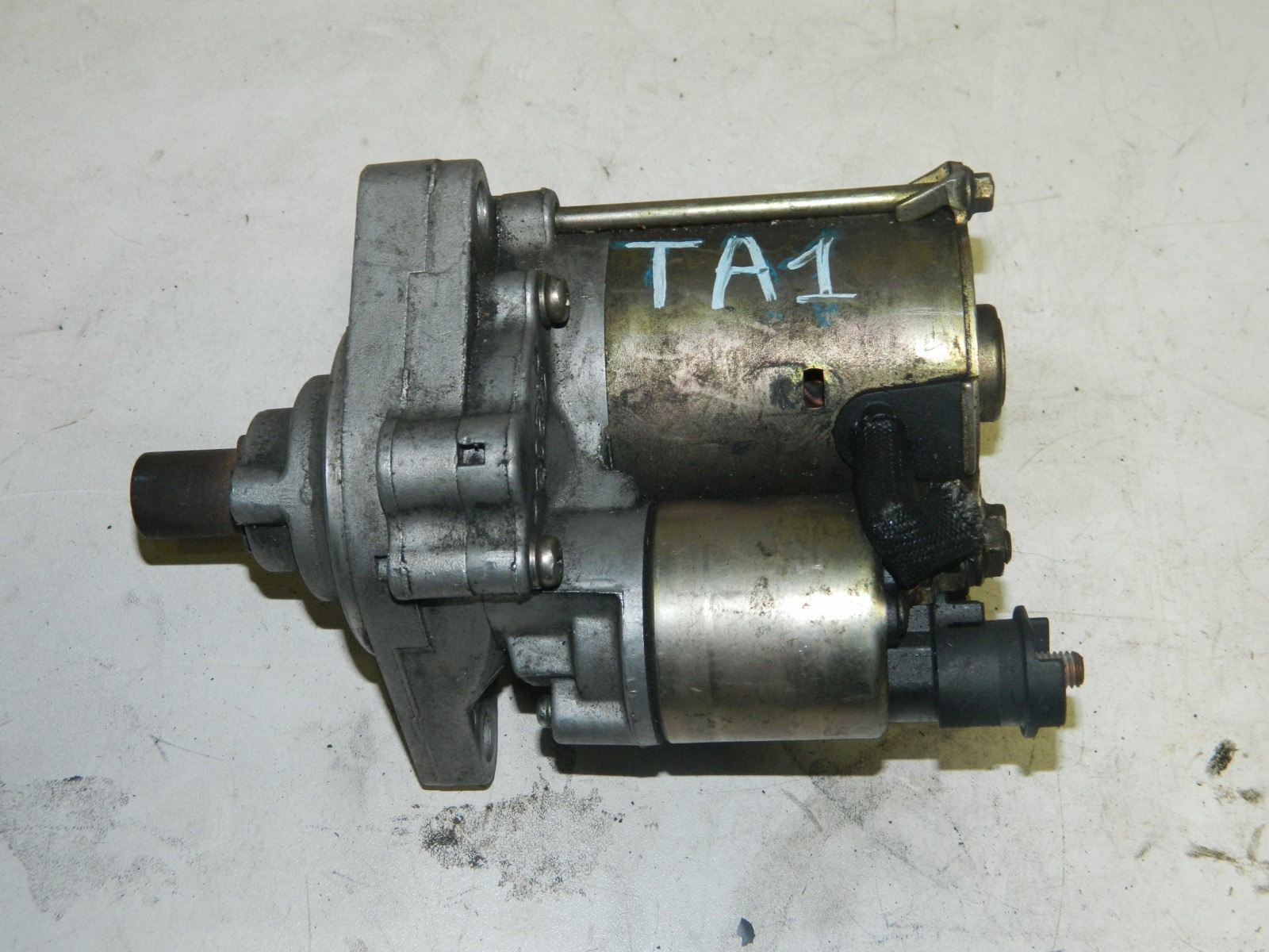 Стартер Honda Avancier TA1 F23A (б/у)