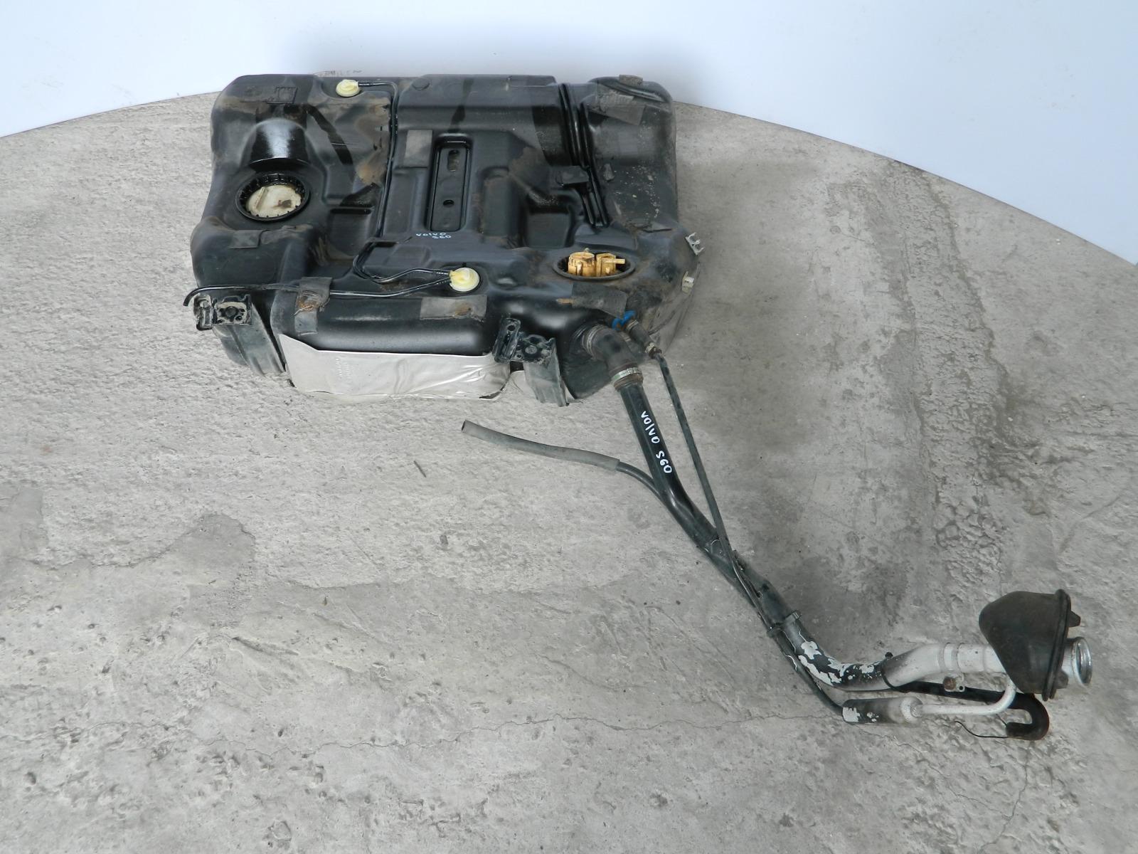 Бензобак Volvo S60 (б/у)