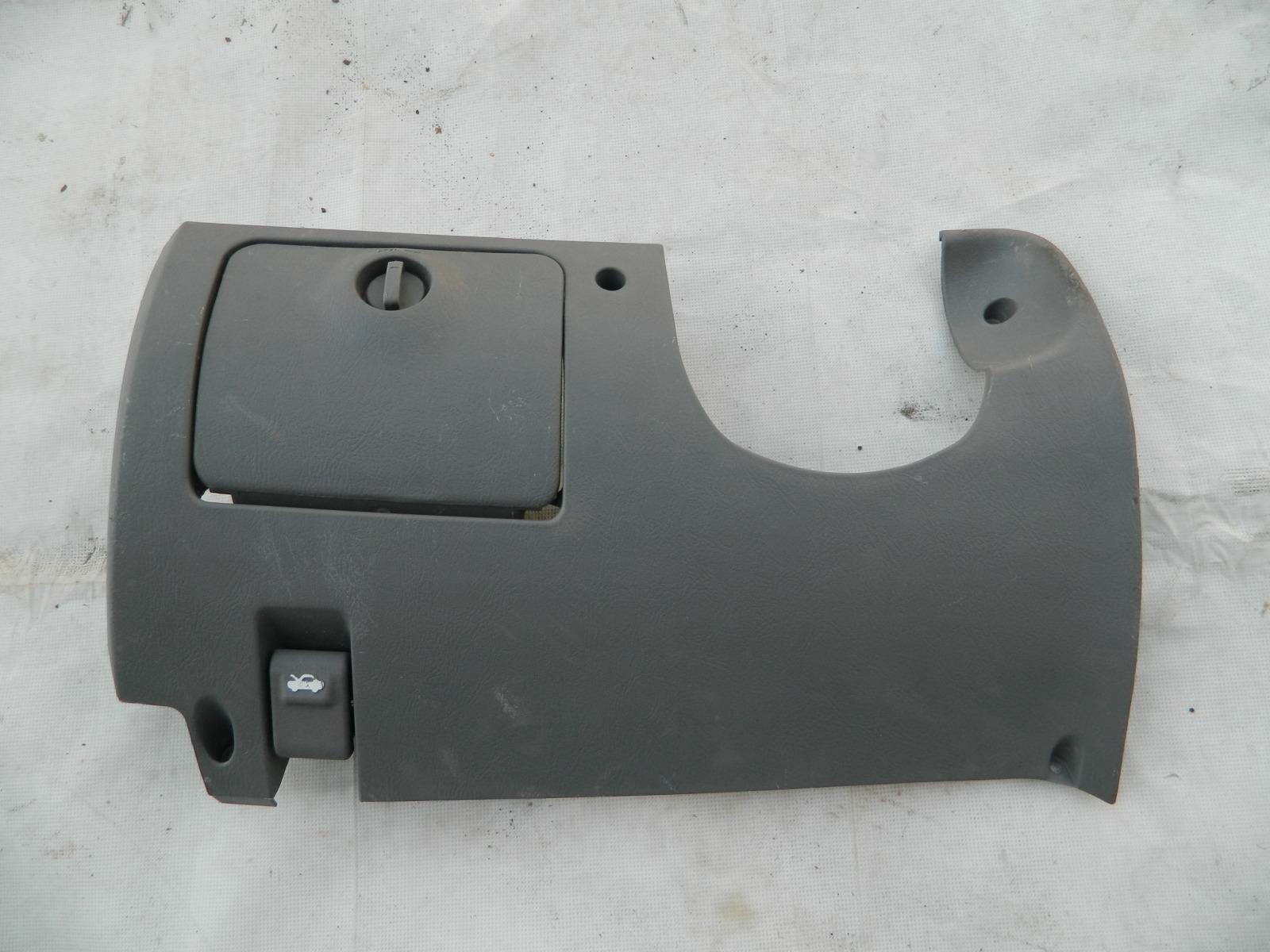Консоль под рулевой колонкой Hyundai Accent LC (б/у)