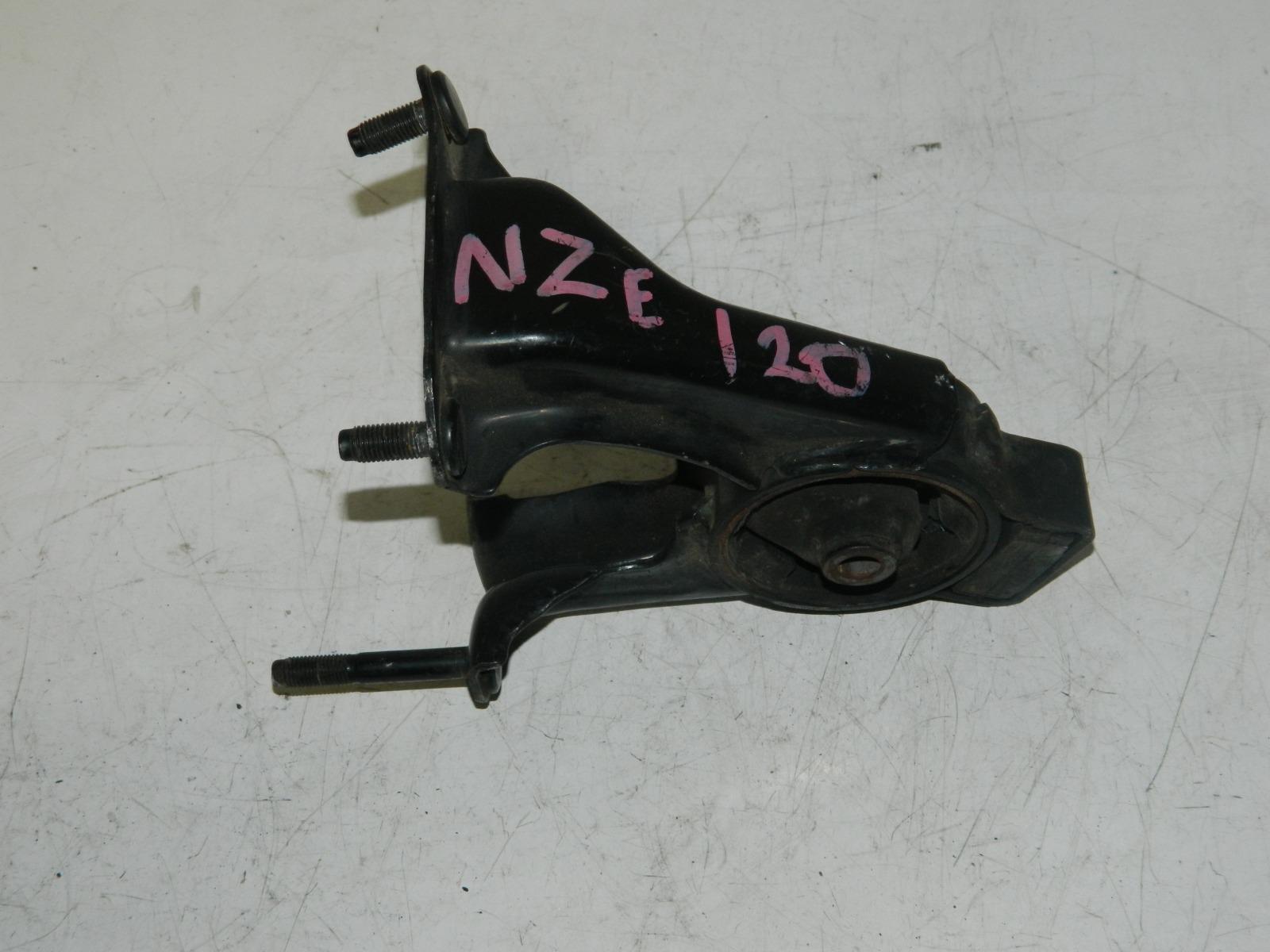 Подушка двс Toyota Corolla NZE120 (б/у)