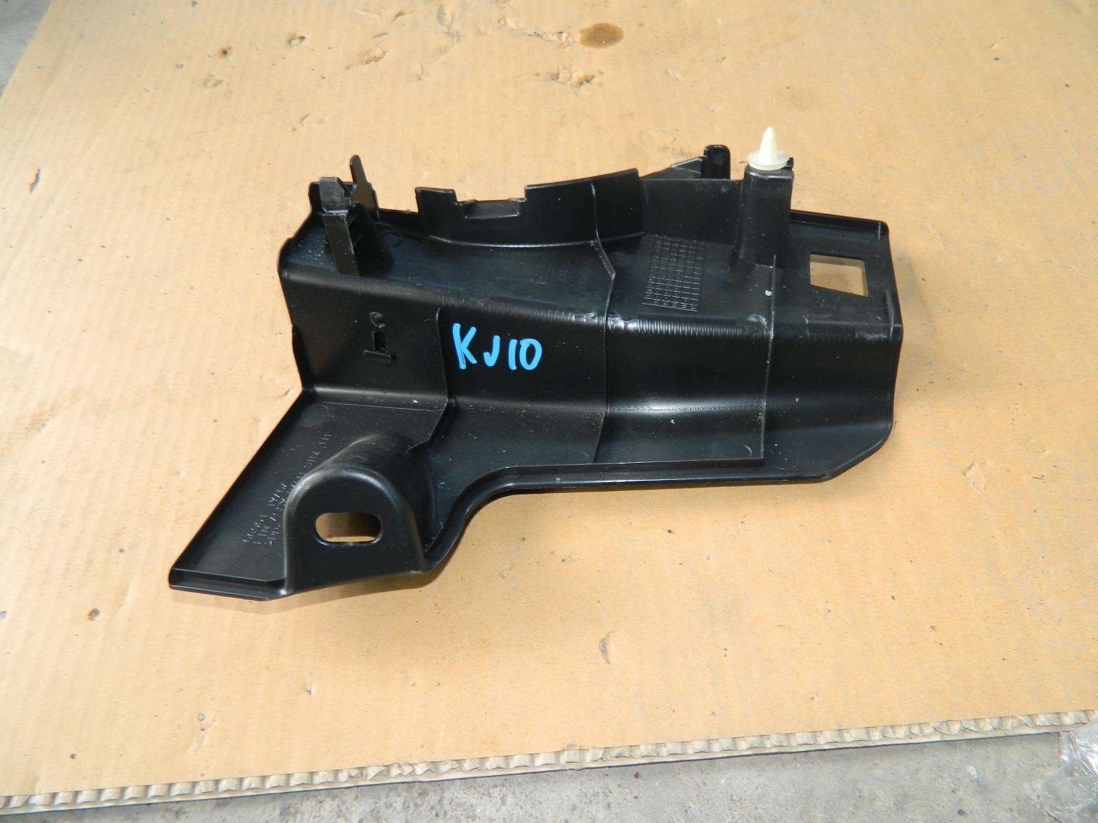 Обшивка салона Nissan Dualis KJ10 MR20DE передняя правая (б/у)