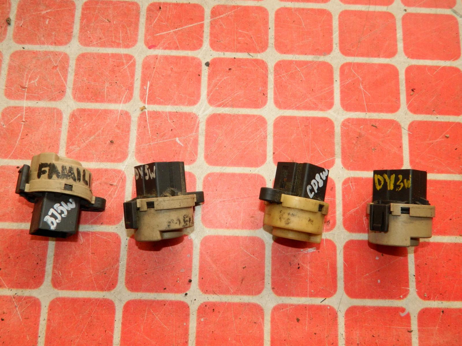 Контактная группа замка зажигания Mazda Familia BJ5W (б/у)