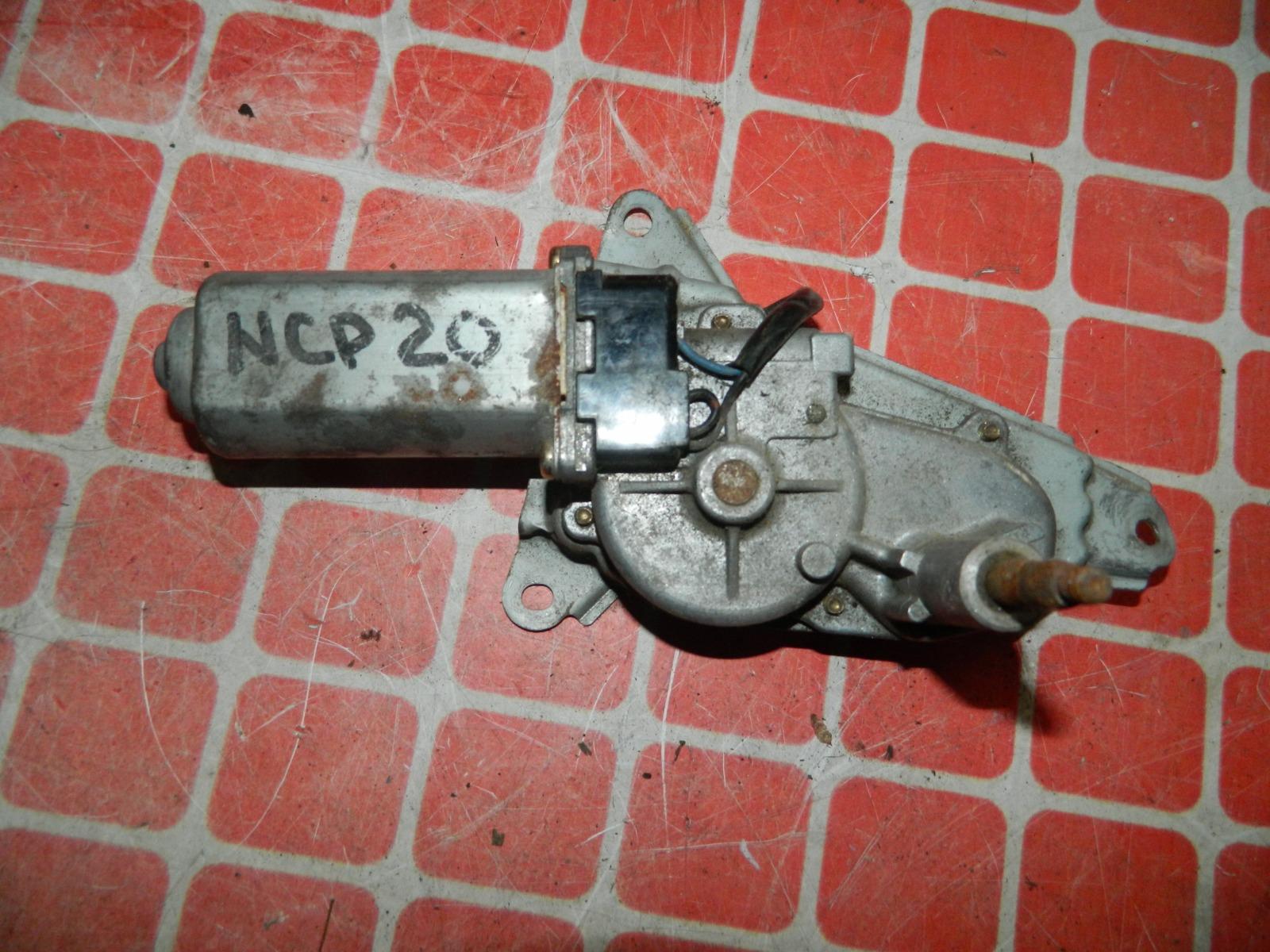 Мотор дворников Toyota Funcargo NCP20 задний (б/у)