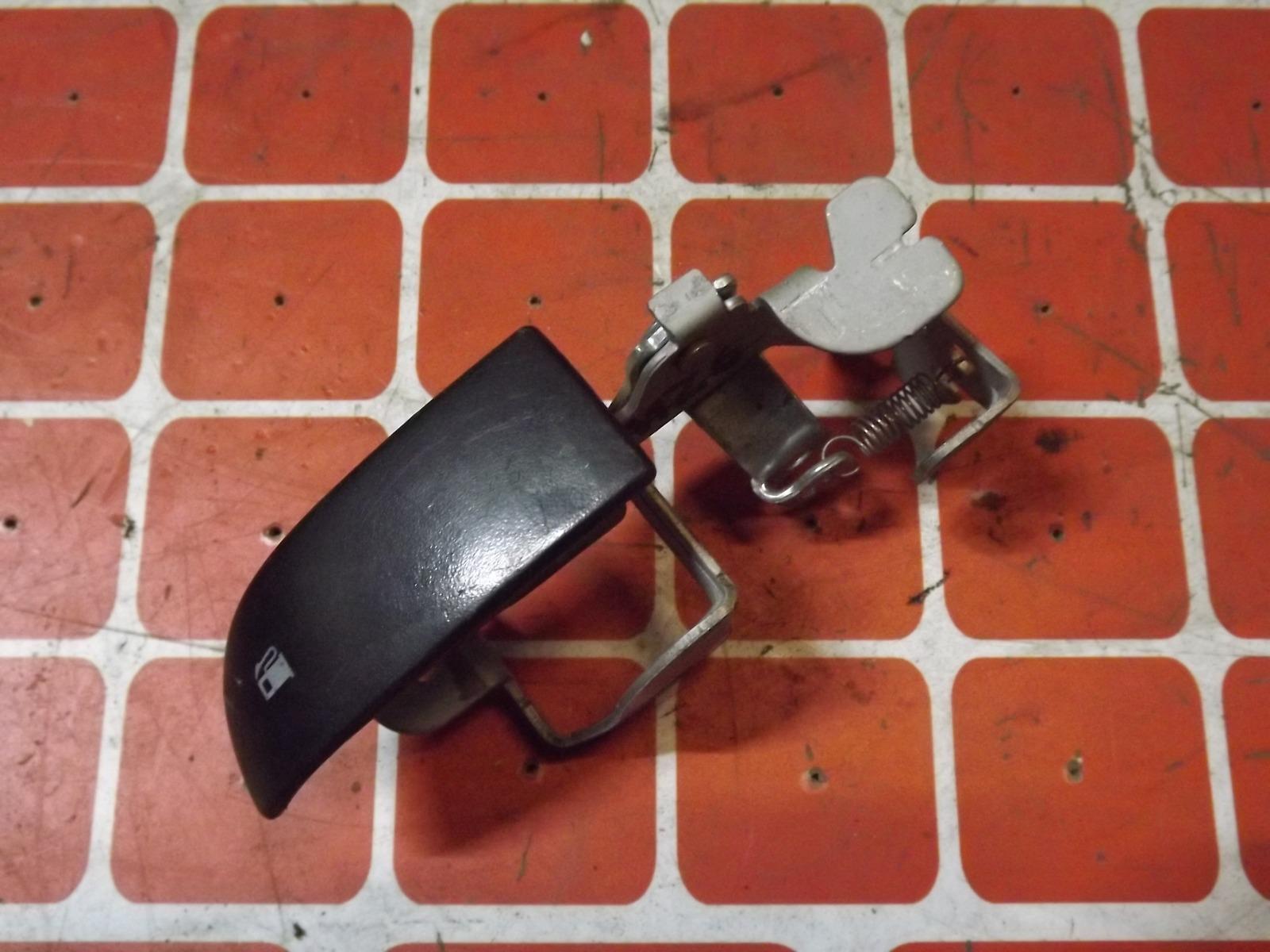 Ручка открывания лючка бензобака Mazda 6 (б/у)