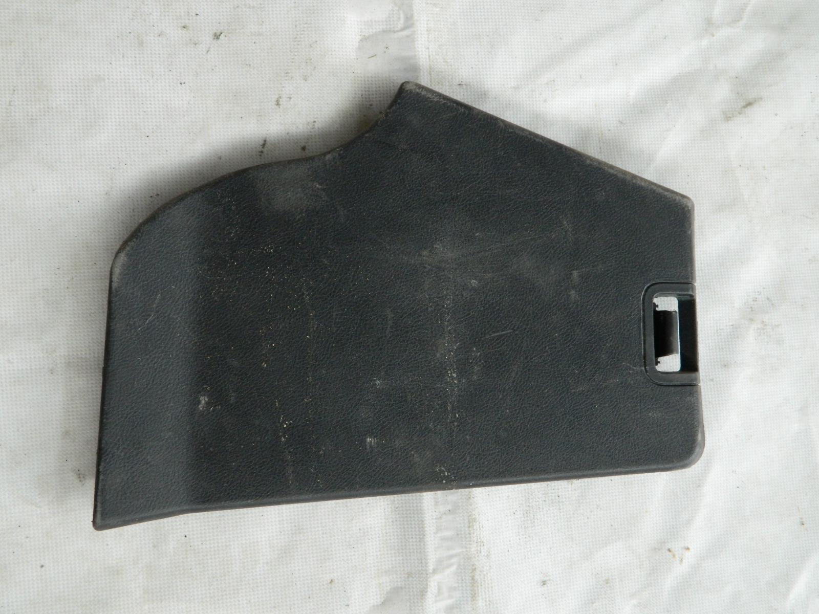 Обшивка багажника Land Rover Discovery L319 (б/у)