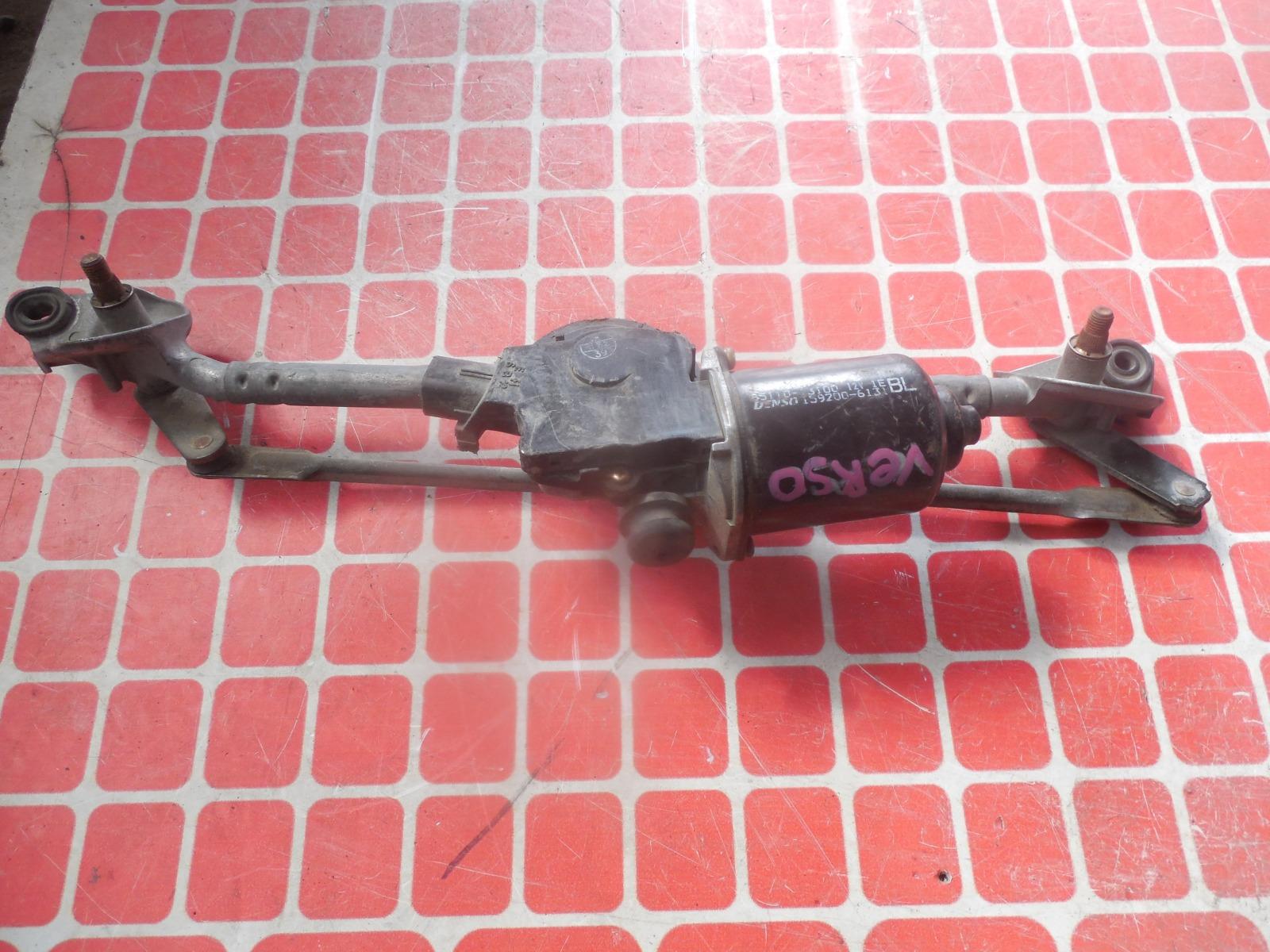 Мотор дворников Toyota Verso передний (б/у)