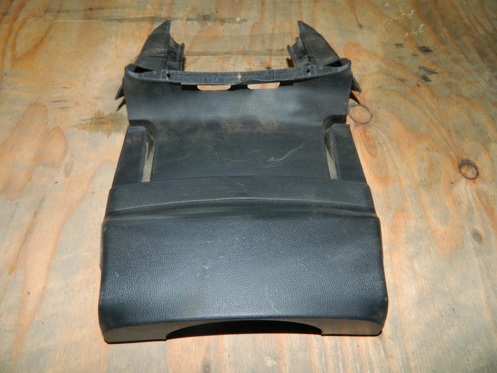 Кожух рулевой колонки Mazda 3 верхний (б/у)