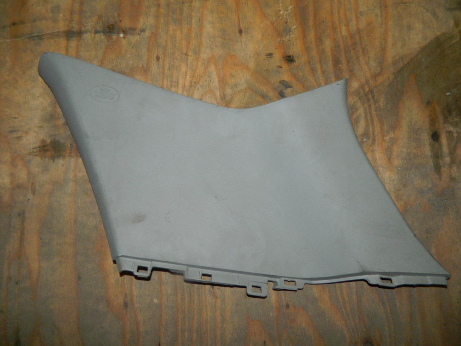 Обшивка стойки Toyota Auris E15 задняя правая (б/у)