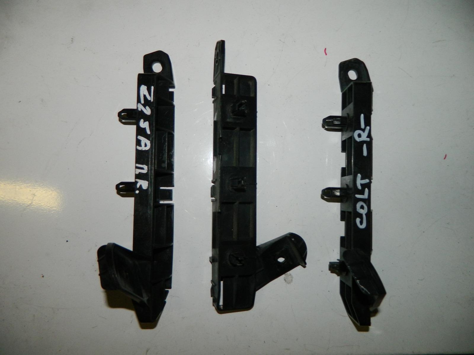 Блок иммобилайзера Mitsubishi Colt Z25A передний правый (б/у)