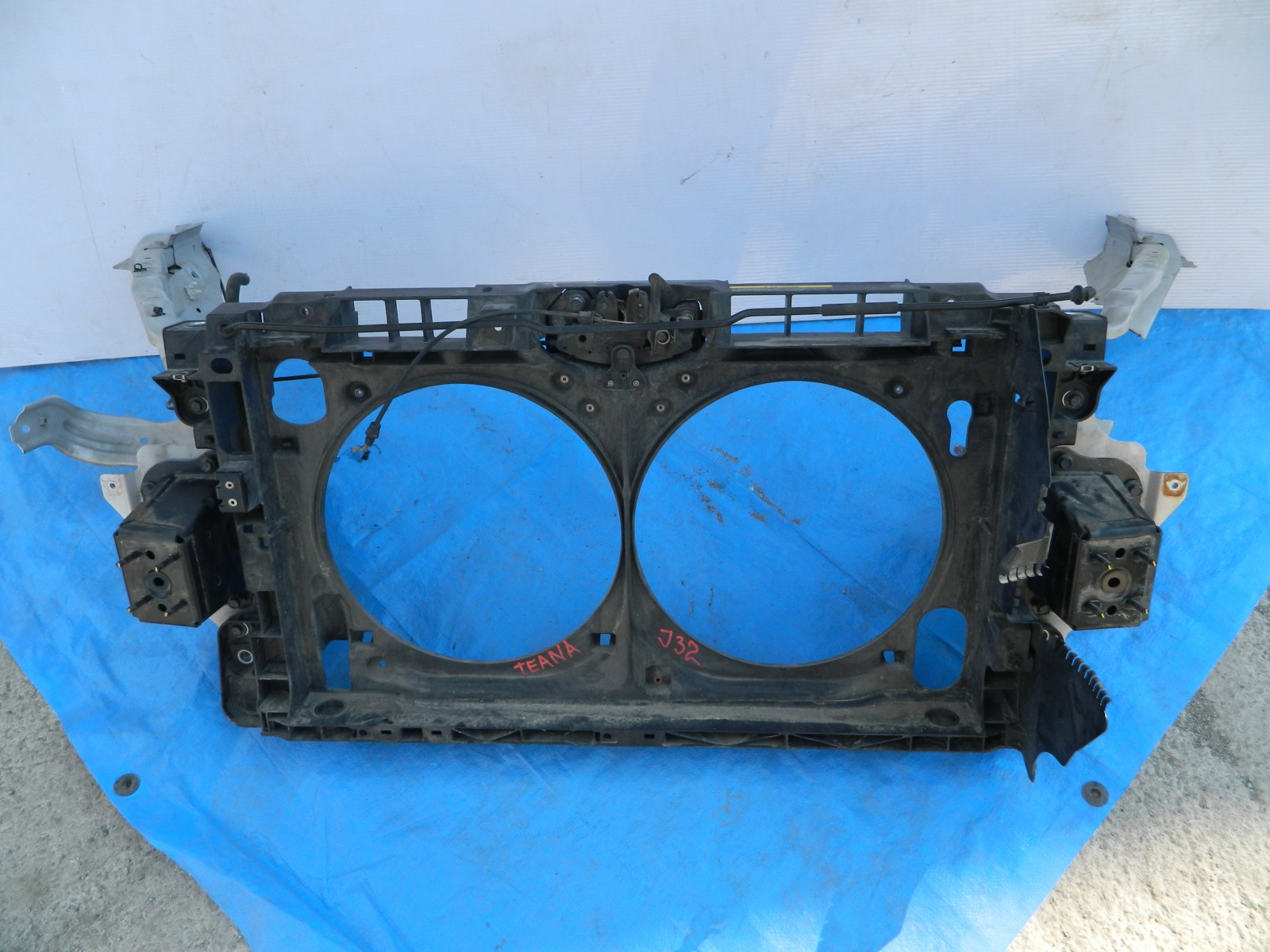 Рамка радиатора Nissan Teana TNJ32 (б/у)