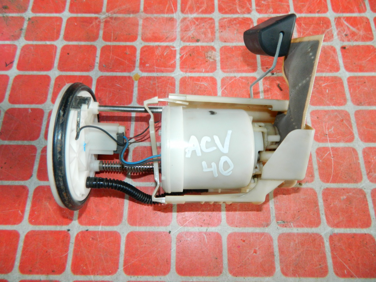 Топливный насос Toyota Camry ACV40 (б/у)