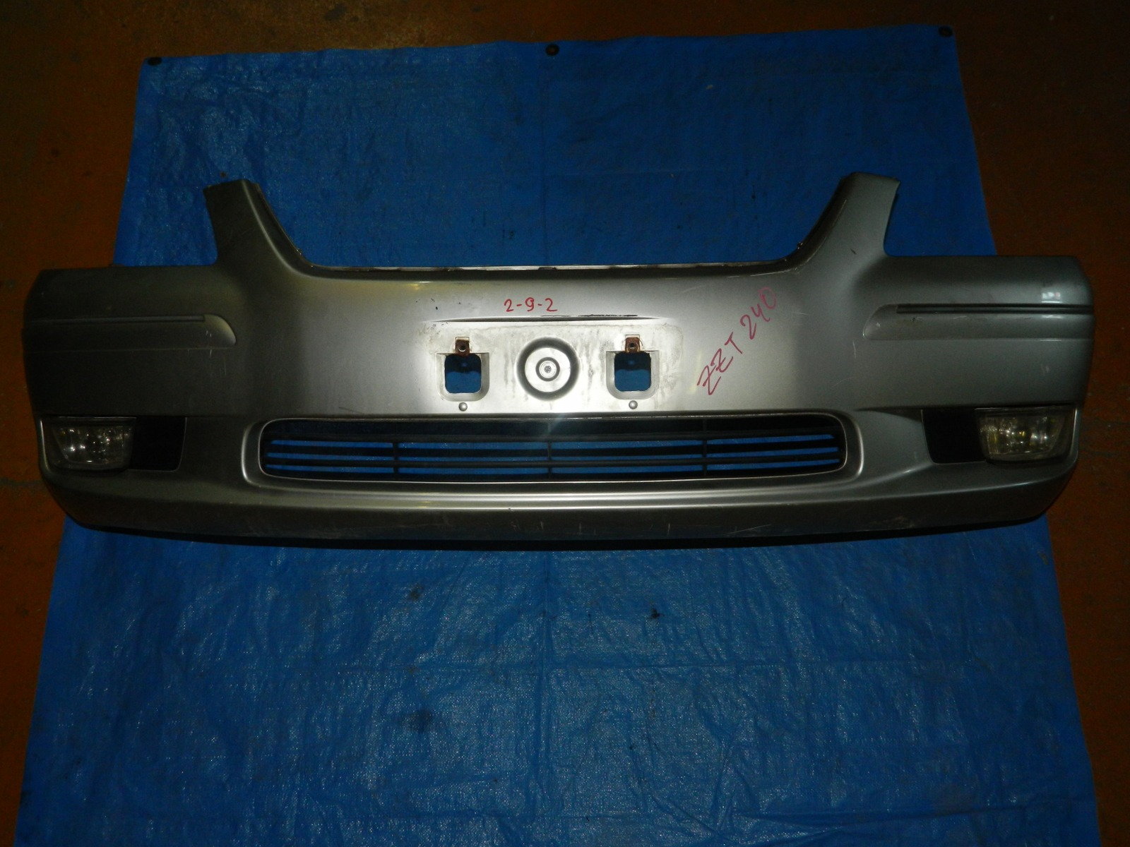 Бампер Toyota Premio ZZT240 передний (б/у)