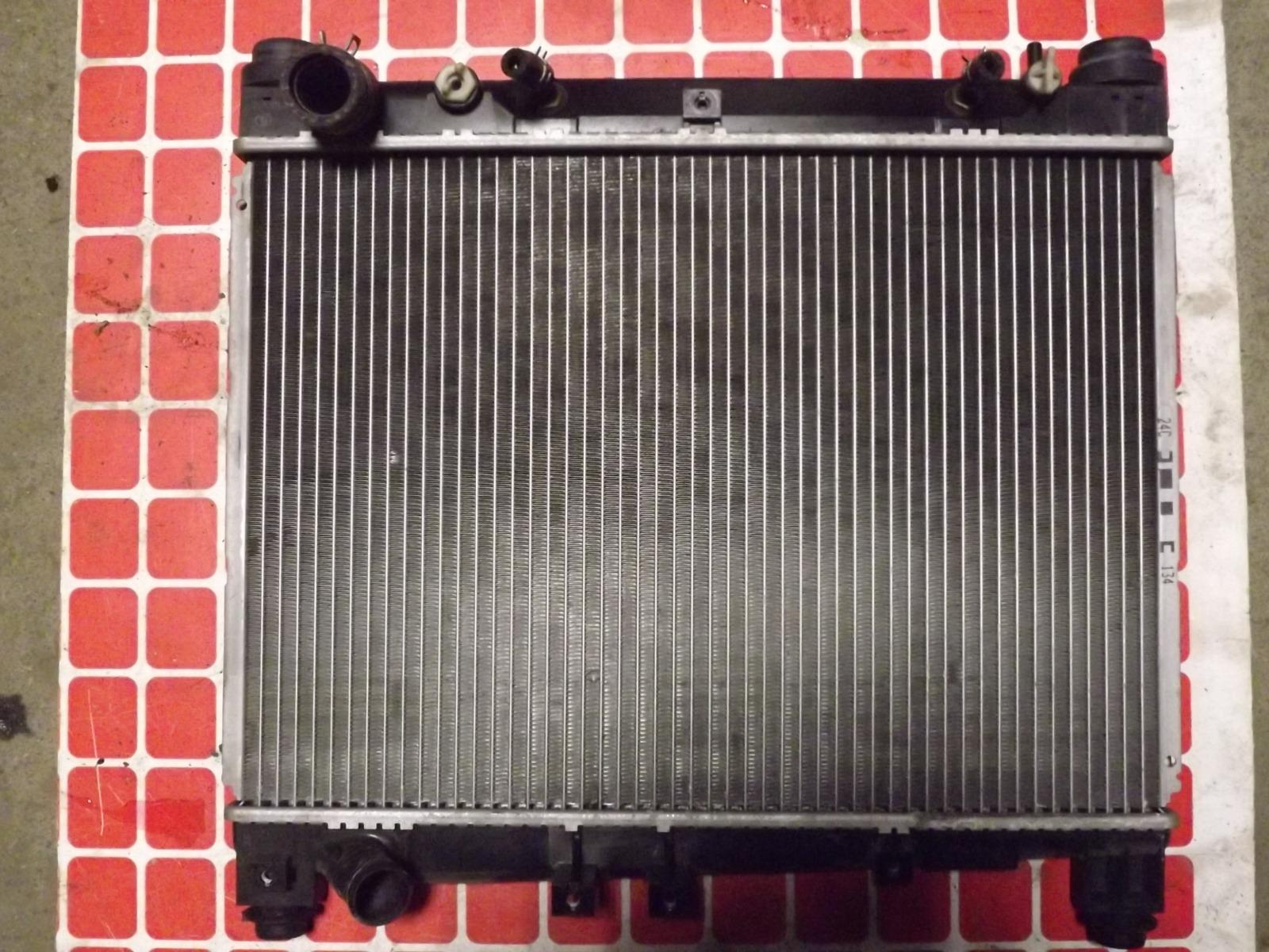 Радиатор двс Toyota Platz NCP12 (б/у)