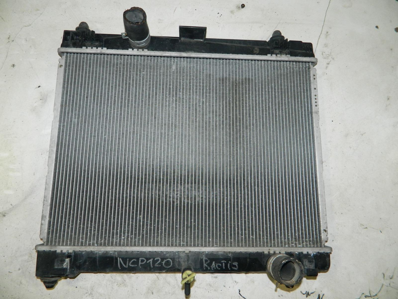 Радиатор двс Toyota Ractis NCP120 (б/у)