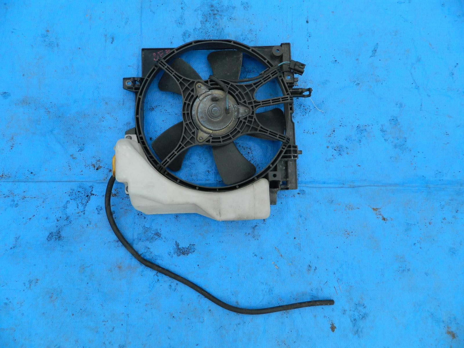 Диффузор радиатора Subaru Forester SF5 (б/у)