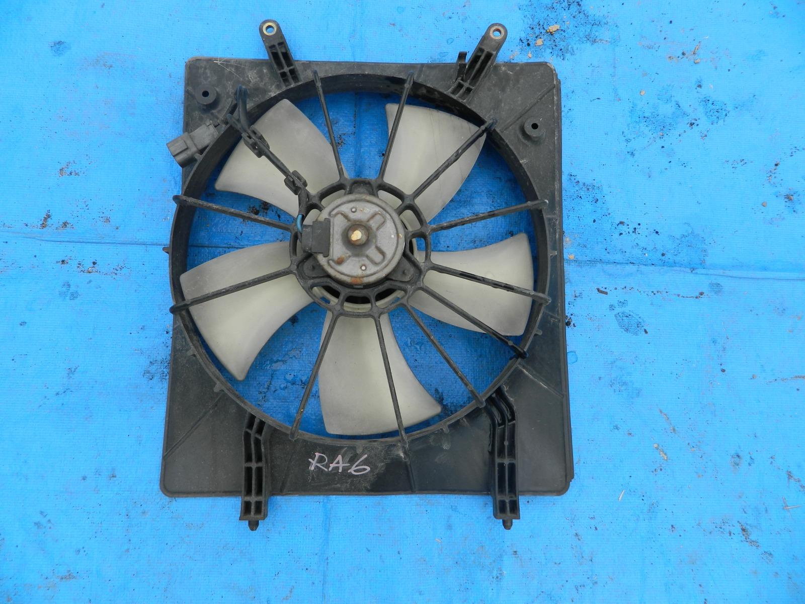 Диффузор радиатора Honda Odyssey RA6 (б/у)