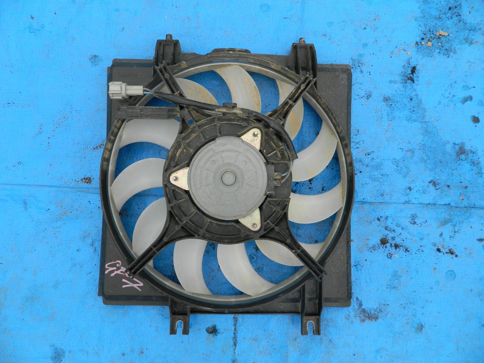 Диффузор радиатора Subaru Impreza GP7 (б/у)