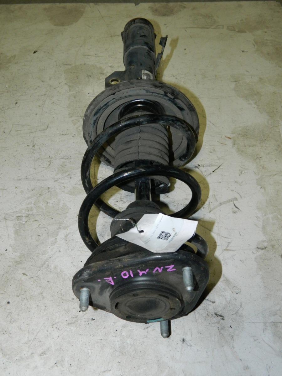 Стойка подвески Toyota Isis ZNM10 передняя правая (б/у)