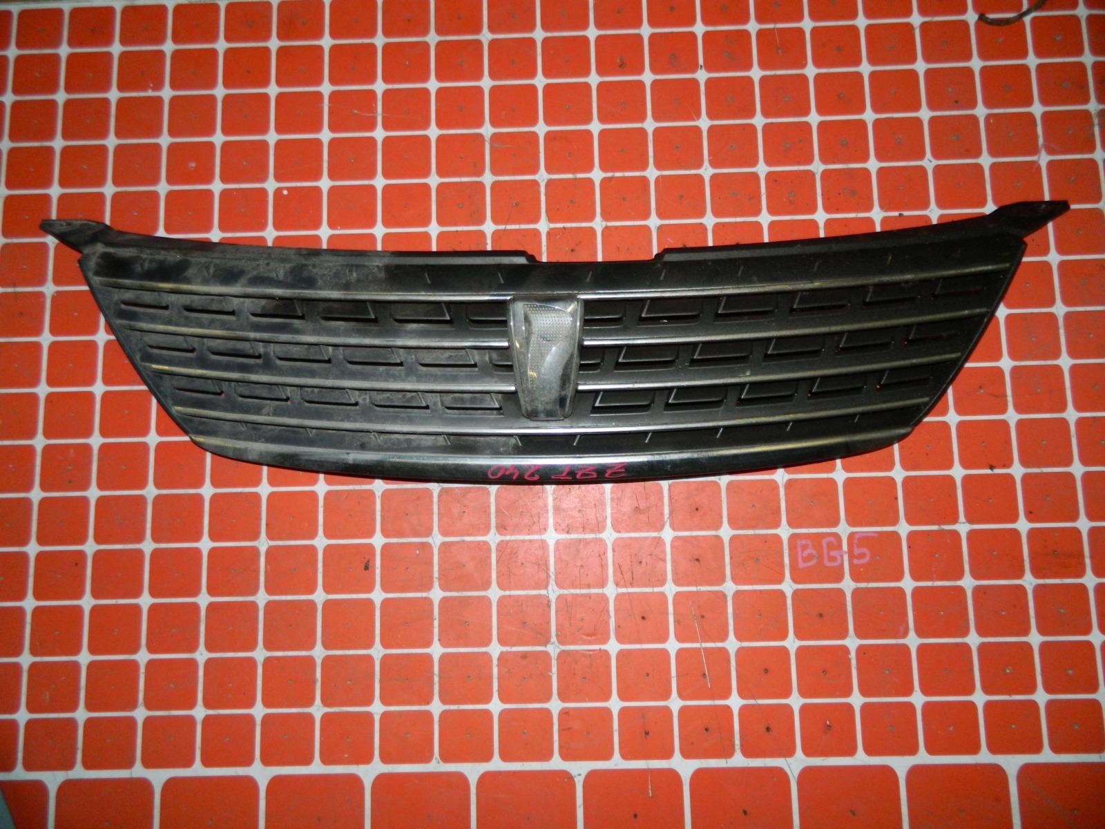 Решетка радиатора Toyota Allion ZZT240 (б/у)
