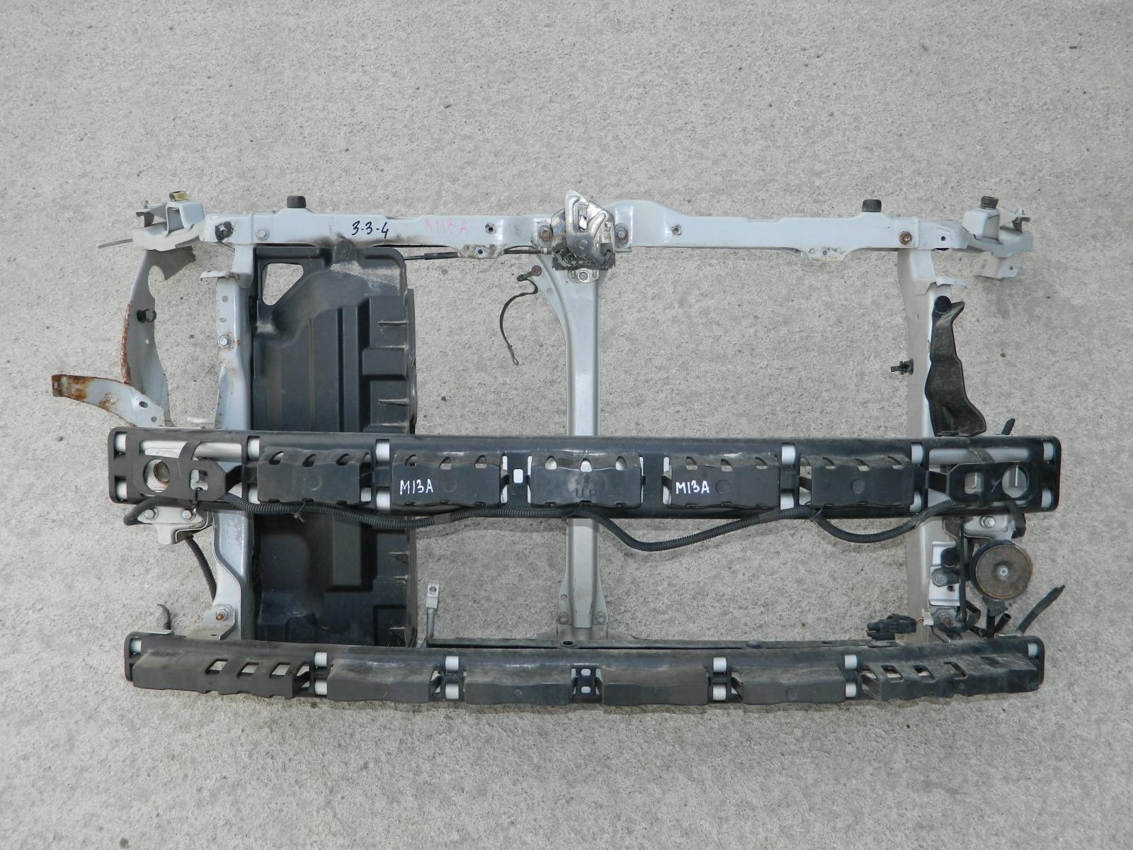 Рамка радиатора Suzuki Swift ZD11S (б/у)