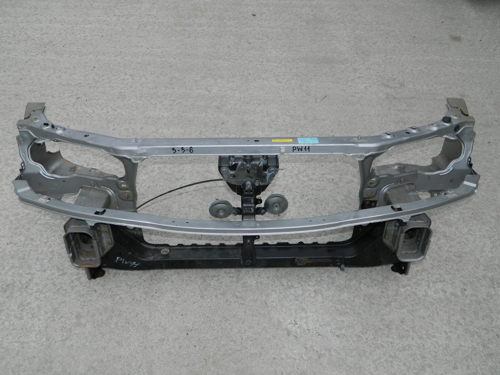 Рамка радиатора Nissan Avenir PW11 (б/у)