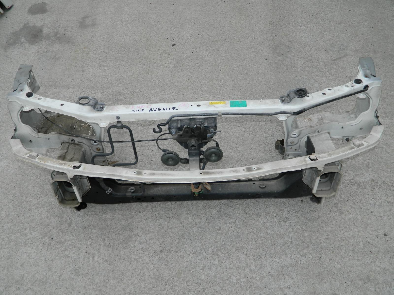 Рамка радиатора Nissan Avenir RNW11 (б/у)