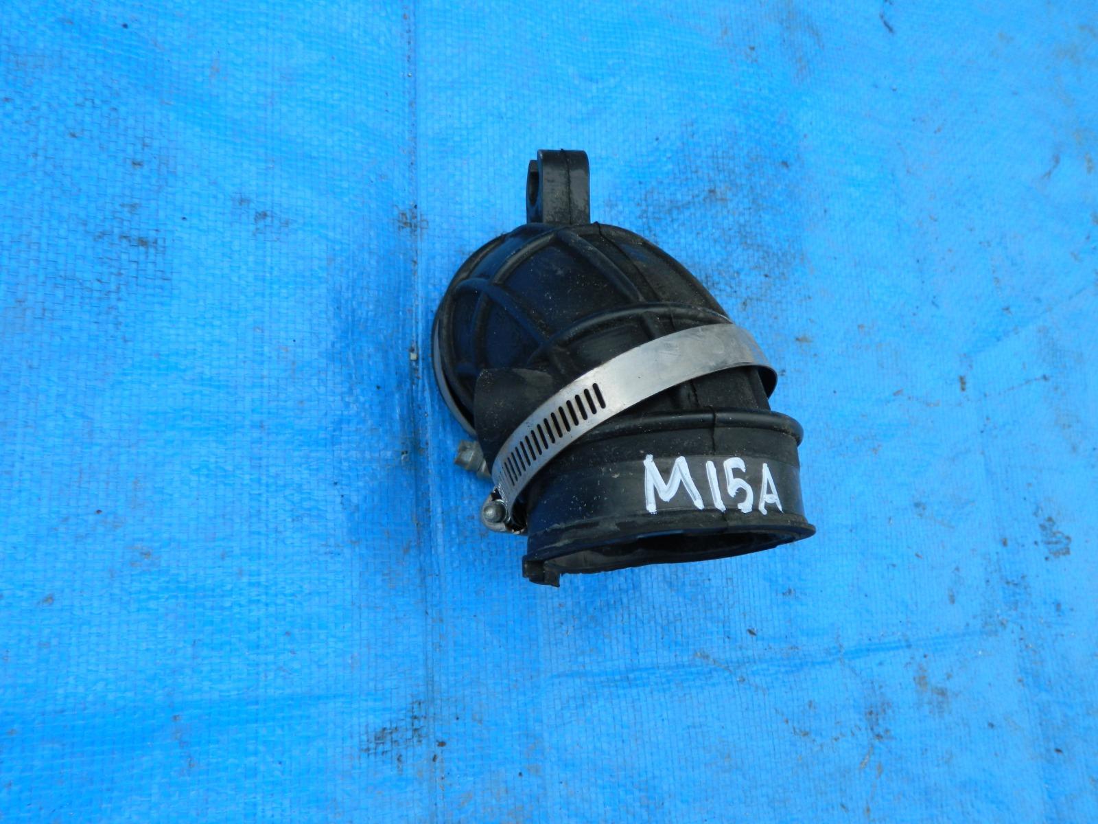 Патрубок воздушного фильтра Suzuki Sx4 YB11S M15A (б/у)
