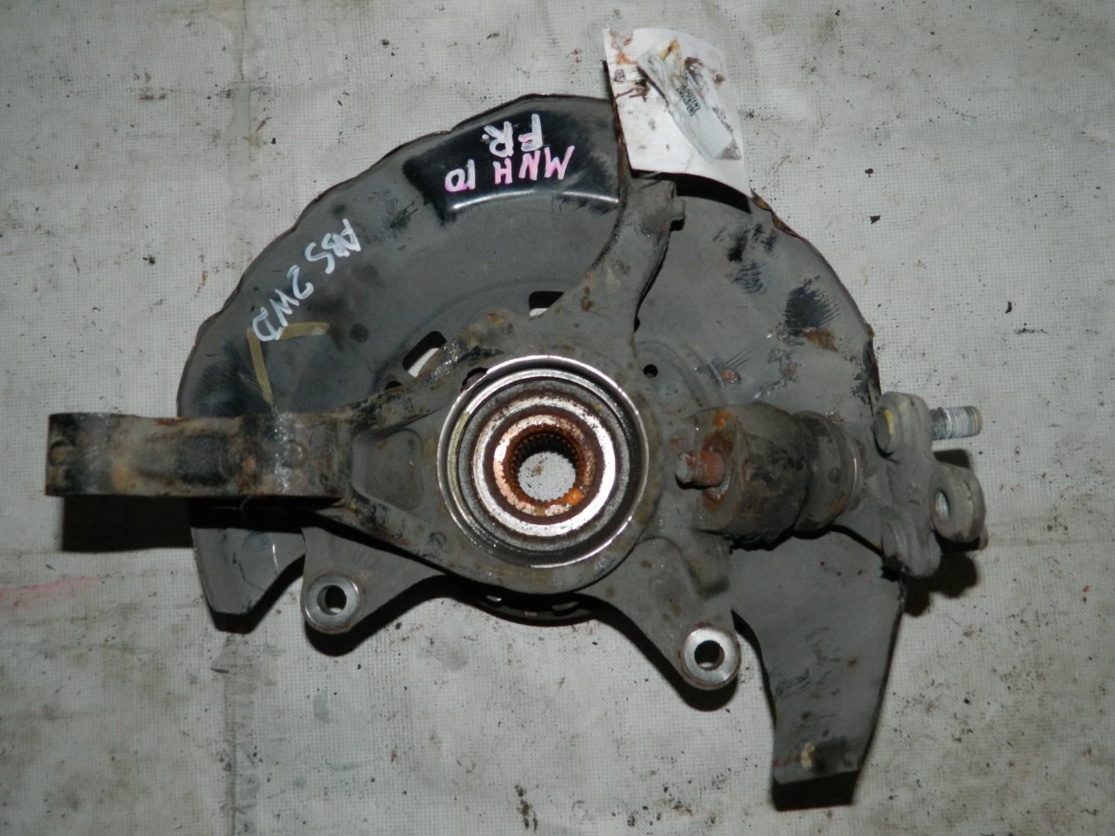 Ступица Toyota Alphard MNH10 передняя правая (б/у)