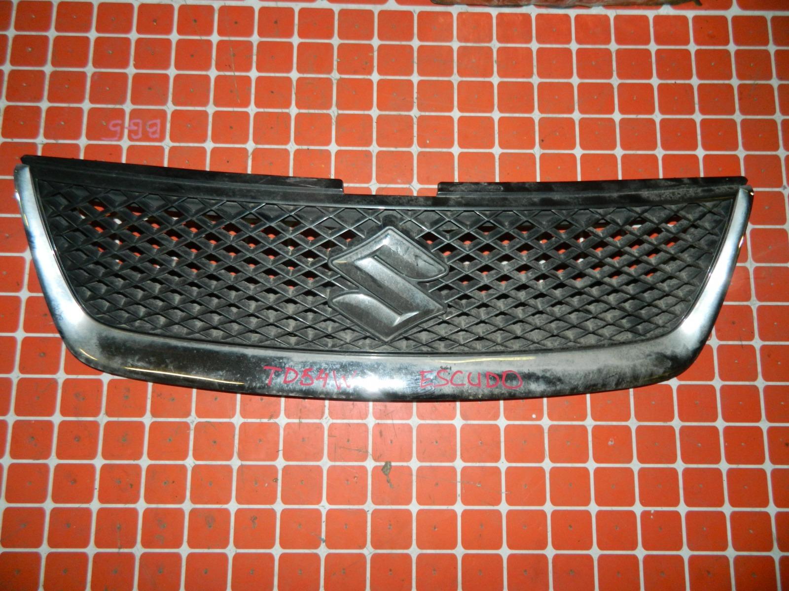 Решетка радиатора Suzuki Escudo TD54W (б/у)