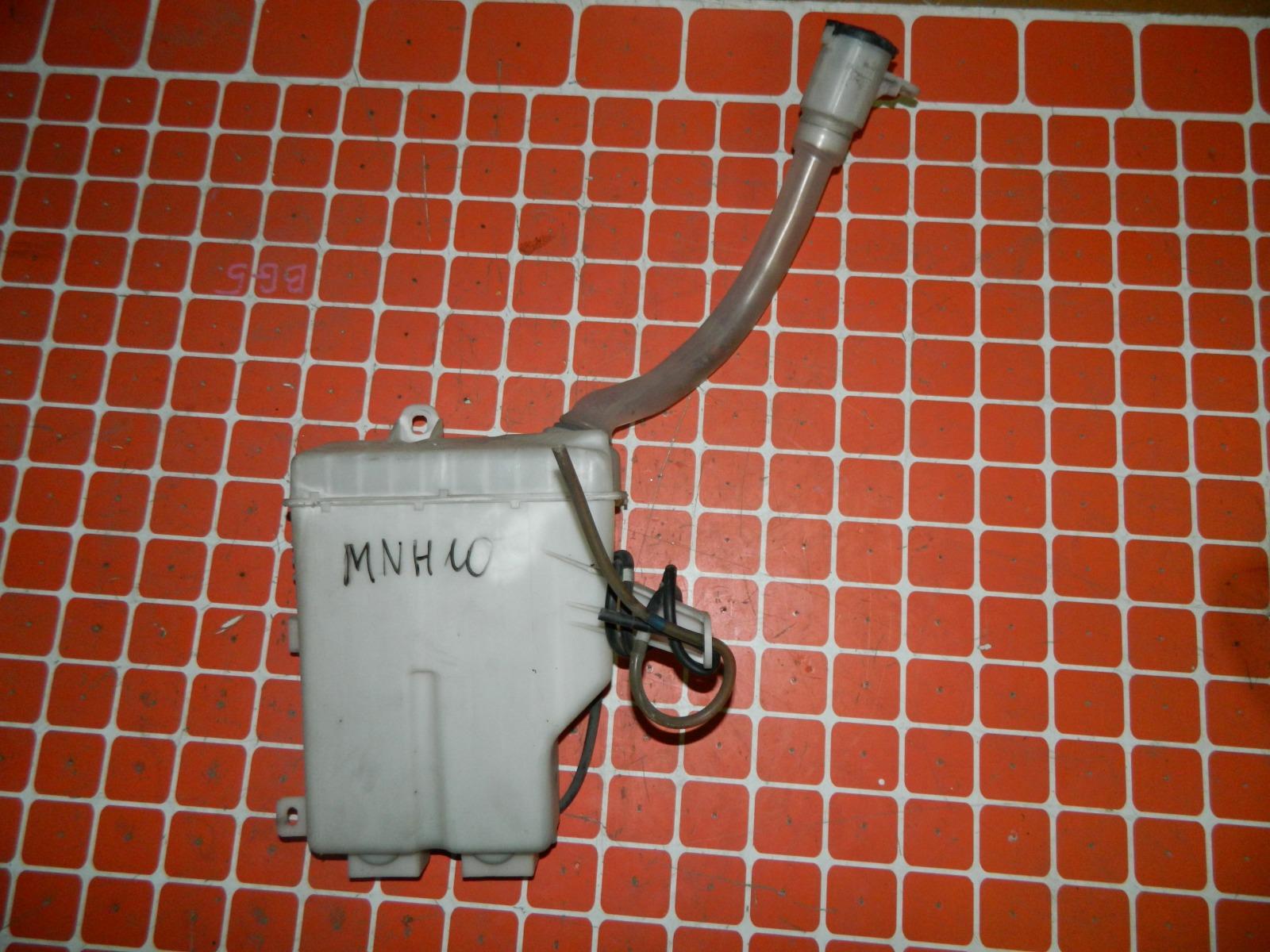 Бачок омывателя Toyota Alphard MNH10 (б/у)