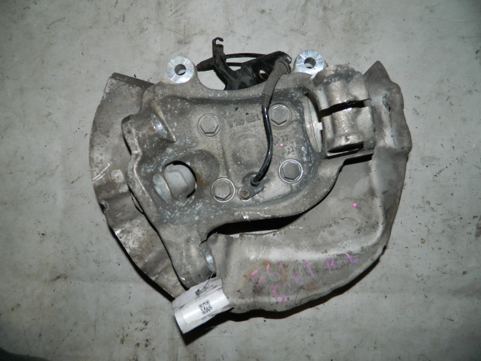 Ступица Bmw 525I E61 задняя левая (б/у)