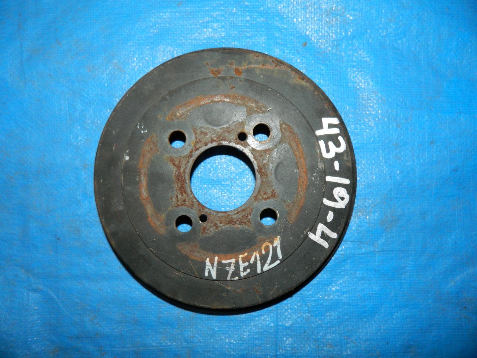 Тормозной барабан Toyota Corolla NZE120 задний (б/у)