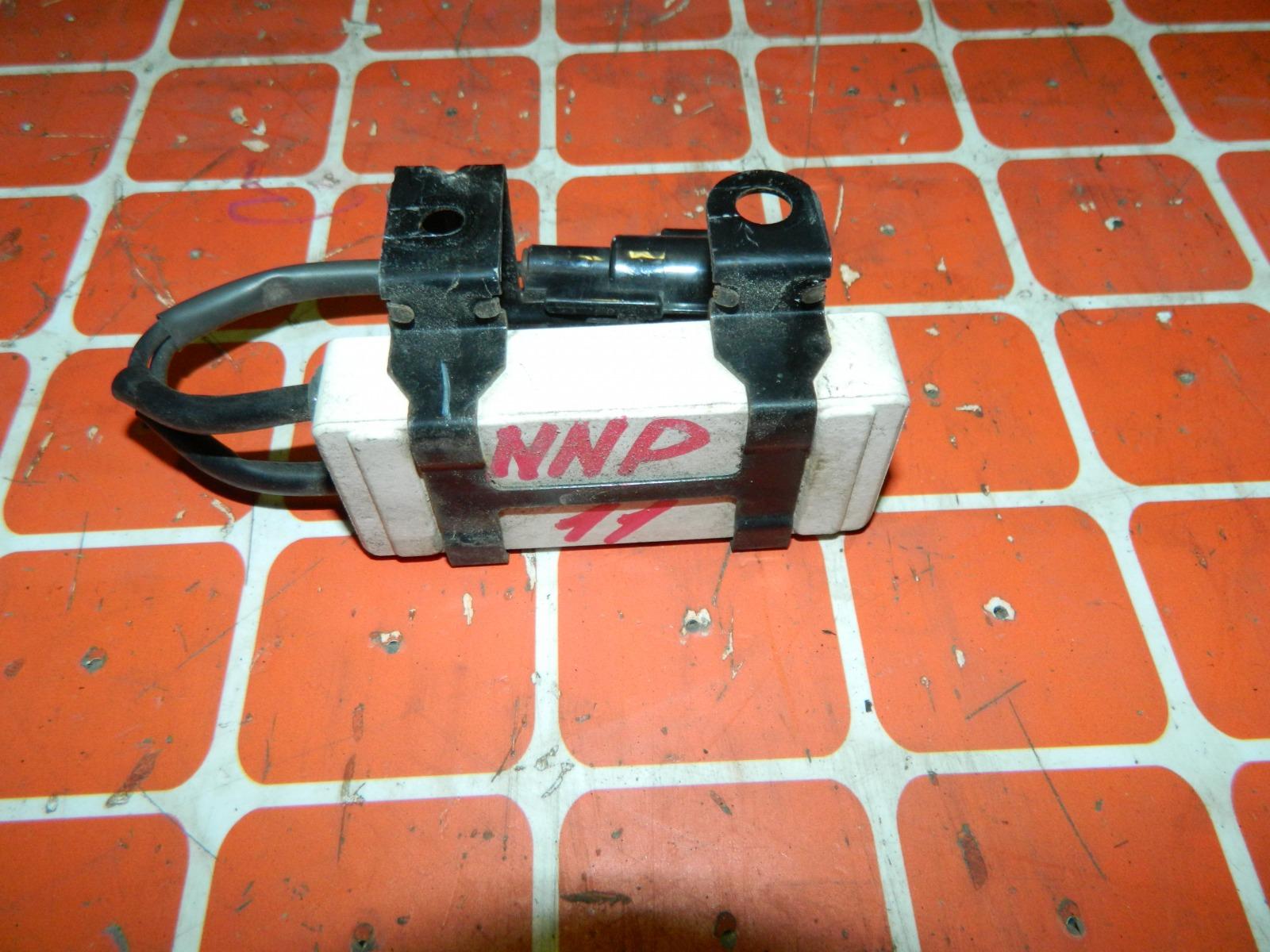 Резистор вентилятора охлаждения Toyota Porte NNP11 (б/у)