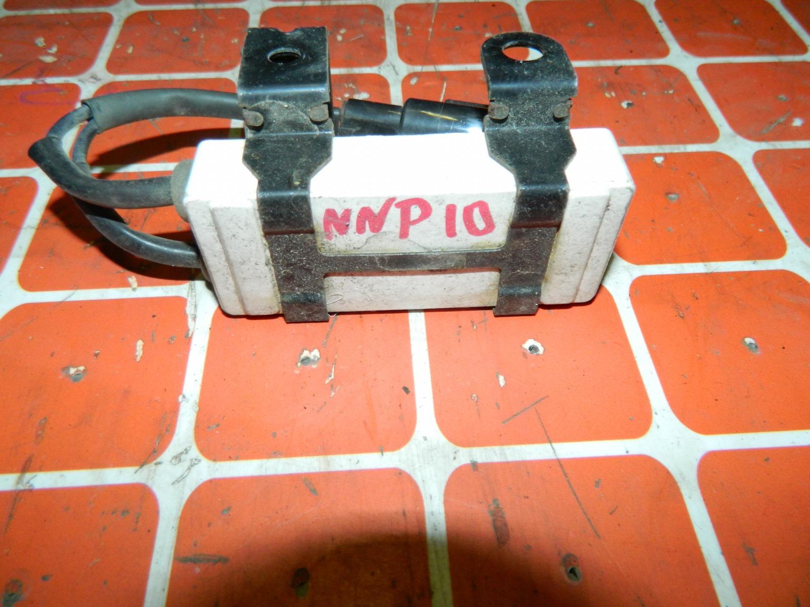 Резистор вентилятора охлаждения Toyota Porte NNP10 (б/у)
