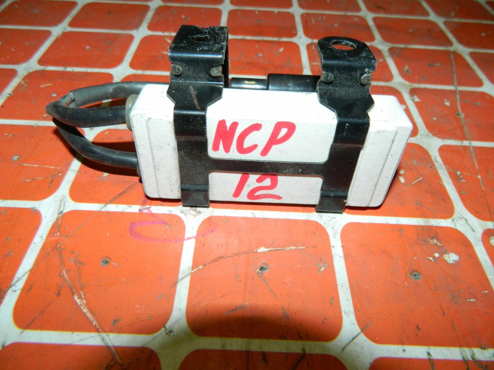 Резистор вентилятора охлаждения Toyota Platz NCP12 (б/у)
