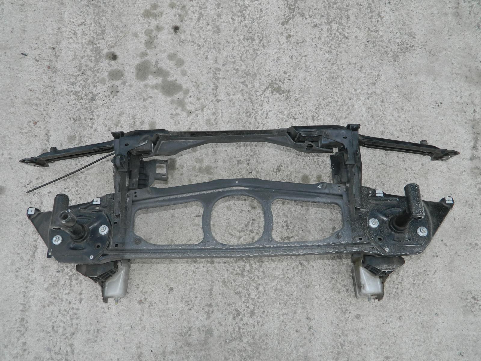 Рамка радиатора Bmw 318I E46 (б/у)