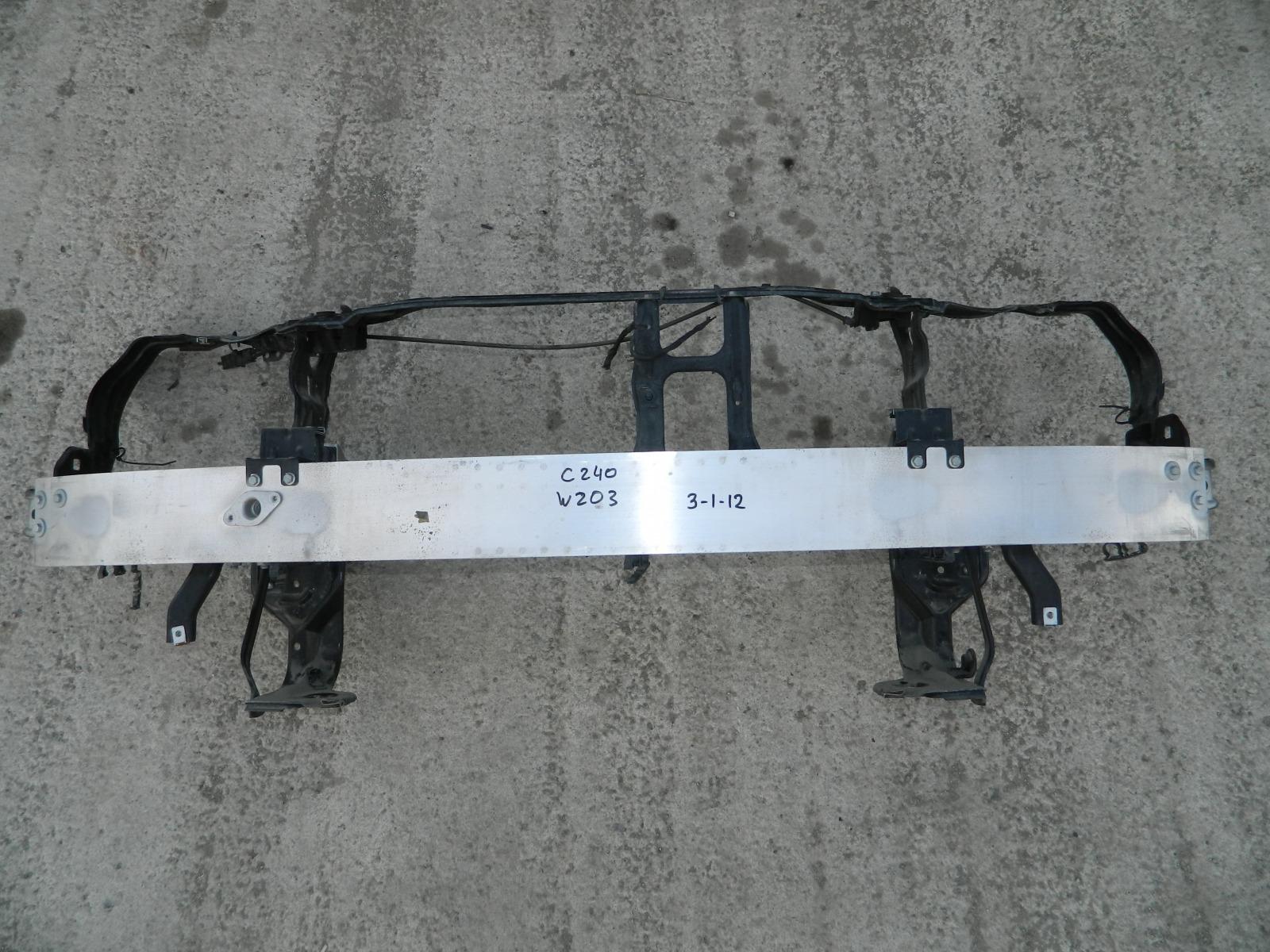 Рамка радиатора Mercedes C240 W203 (б/у)
