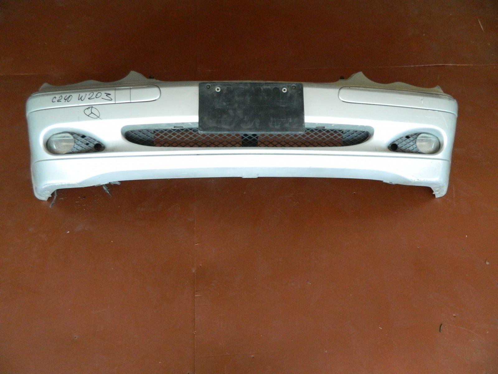Бампер Mercedes C240 W203 передний (б/у)