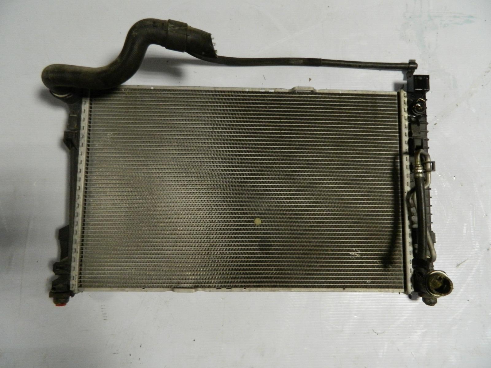 Радиатор двс Mercedes-Benz C-Class W203 M112.912 (б/у)