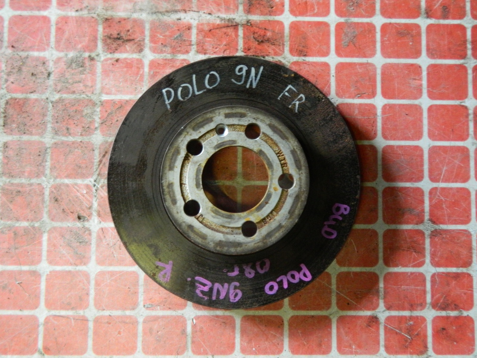 Тормозной диск Volkswagen Polo 9N передний (б/у)