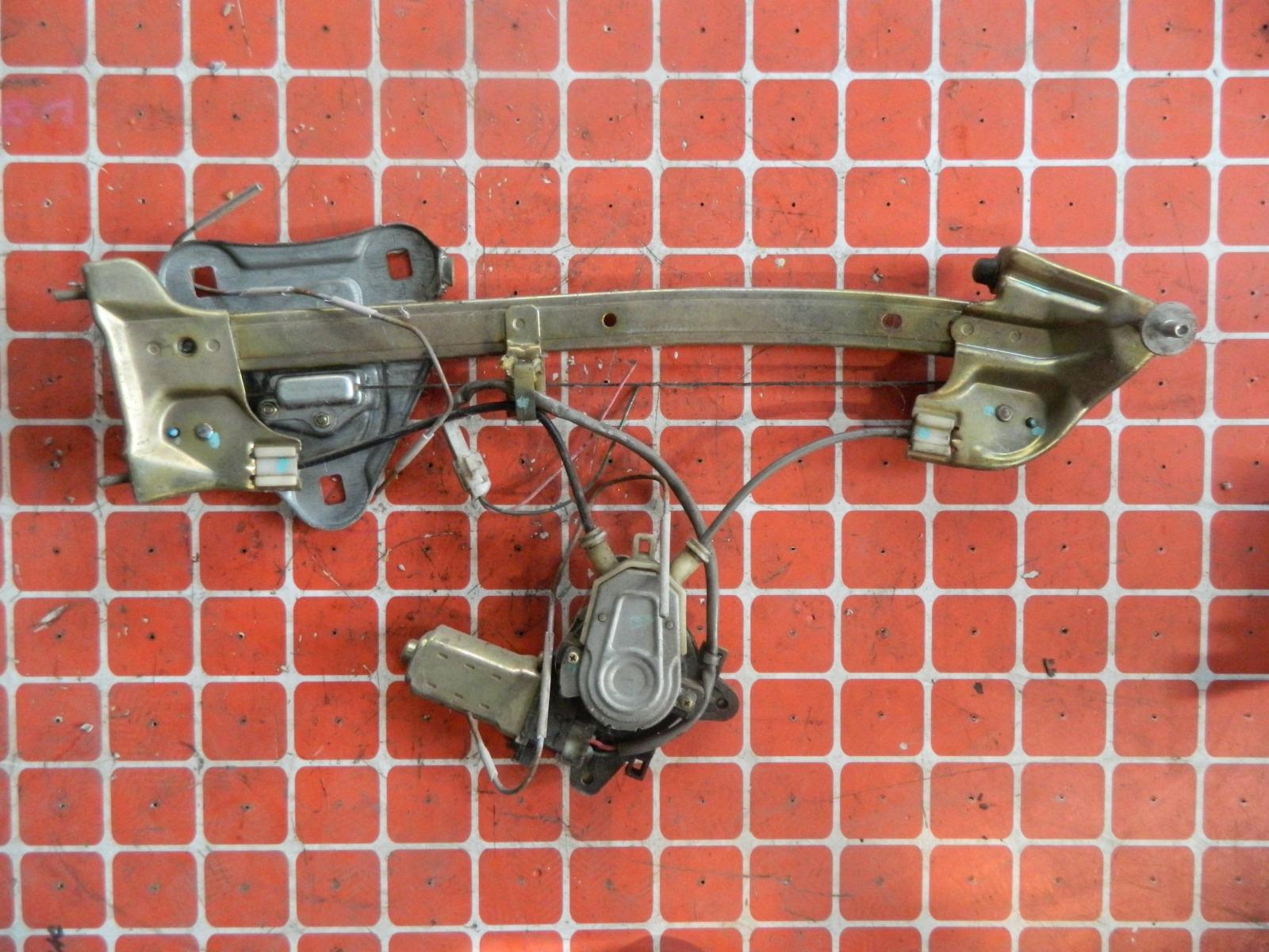 Стеклоподъемник Toyota Mark Ii JZX100 задний левый (б/у)